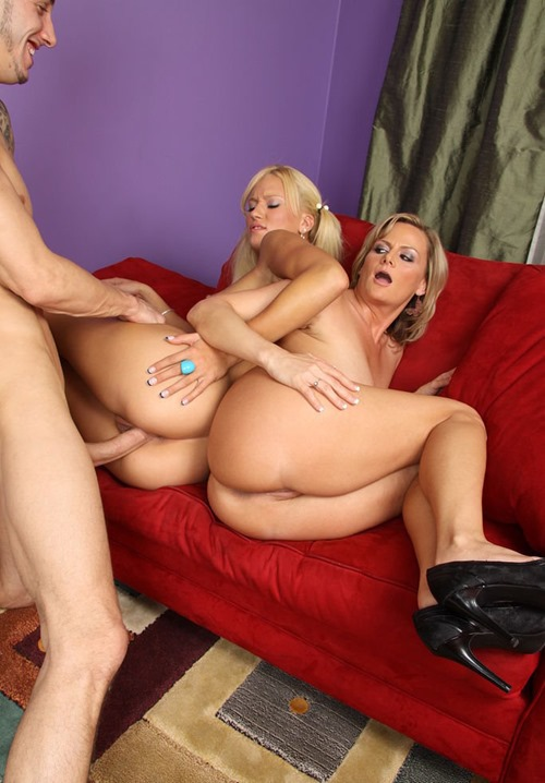 fuck-my-mommy-and-me-j.c.-and-becca